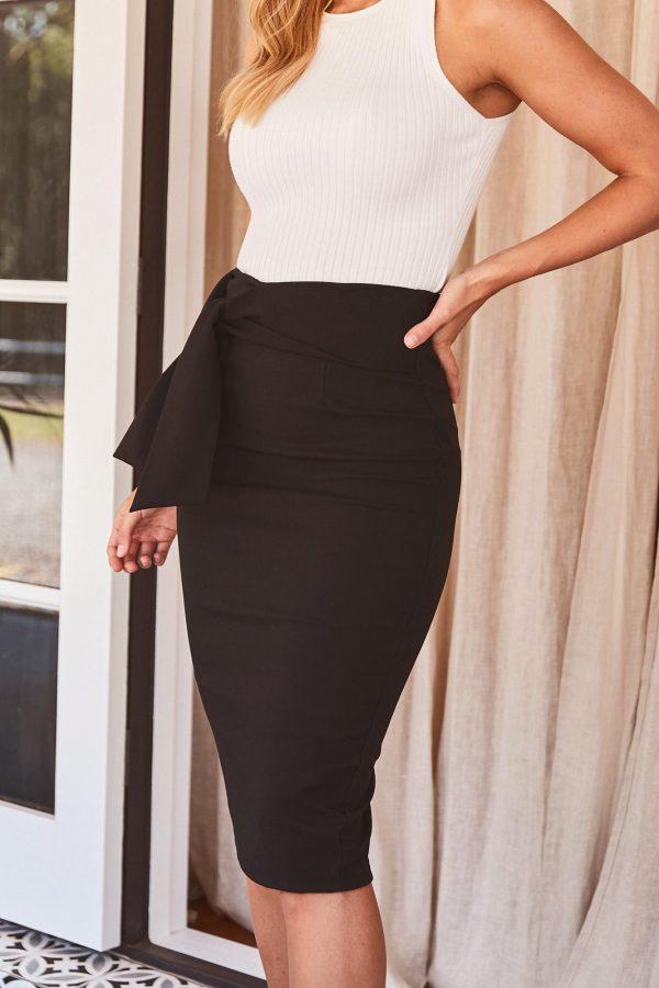 Caluso Skirt Ladies Skirt Colour is Black